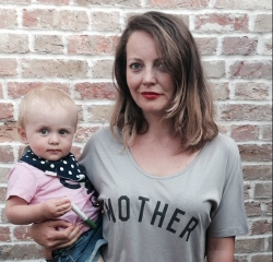 Molly Gunn - Mother Tee  (Source : womenforwomen.org.uk)